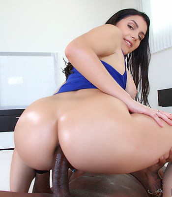 Phat ass lisa ann double pinky presents the