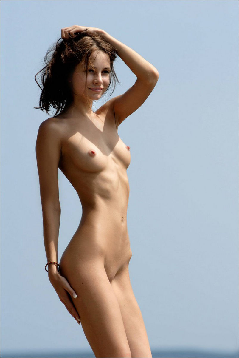 Naked skinny nackte frauen two photo 4