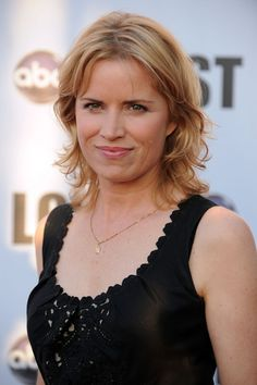 Hot kim dickens in lift and