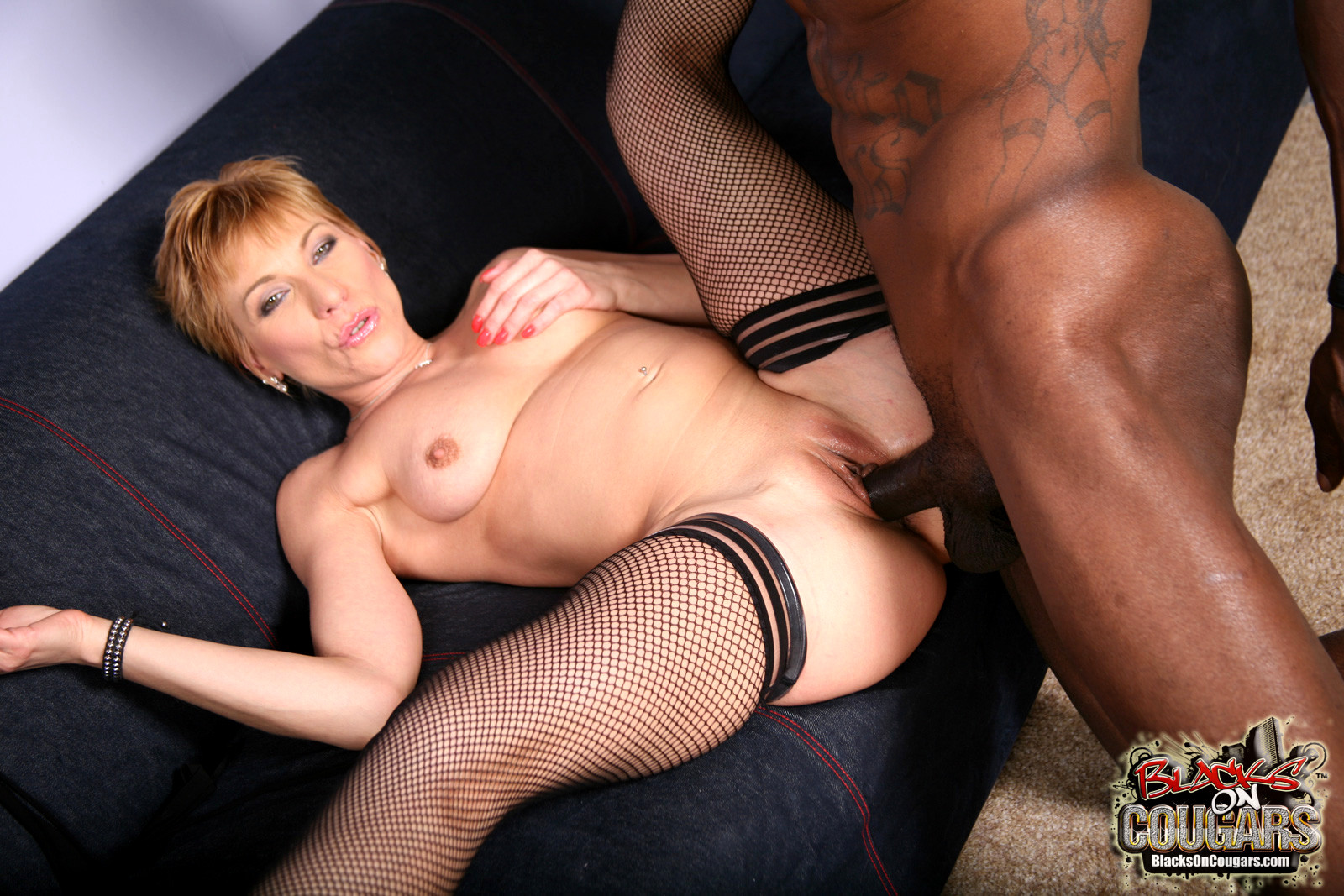 Babe today showing porn swinger