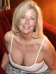 Free naked top 10 porn granny photo 4