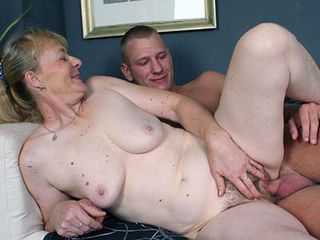Free naked top 10 porn granny photo 2