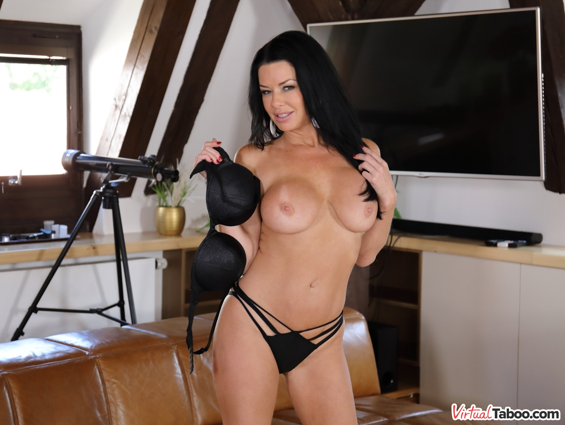 Mature bdsm caged slave tentacle inflation XXX